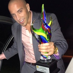 2014 ''Out Best in Acting'' award winner, la Guia Hispana (Toronto, Canada)